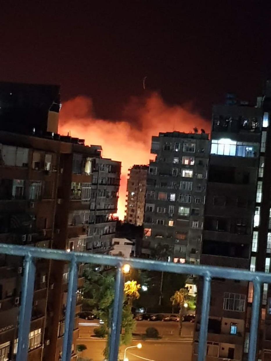 عاااجل بالصور مطار المزة يحترق 11/7/2019 41138b10