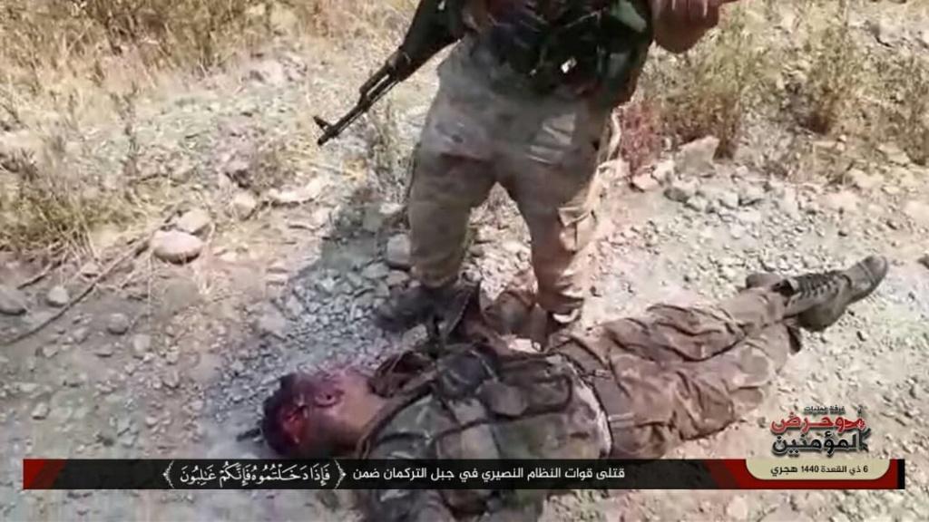 بالصور قتلى واسرى الشبيحة  بيد الجيش الحر9/7 Ebd05910