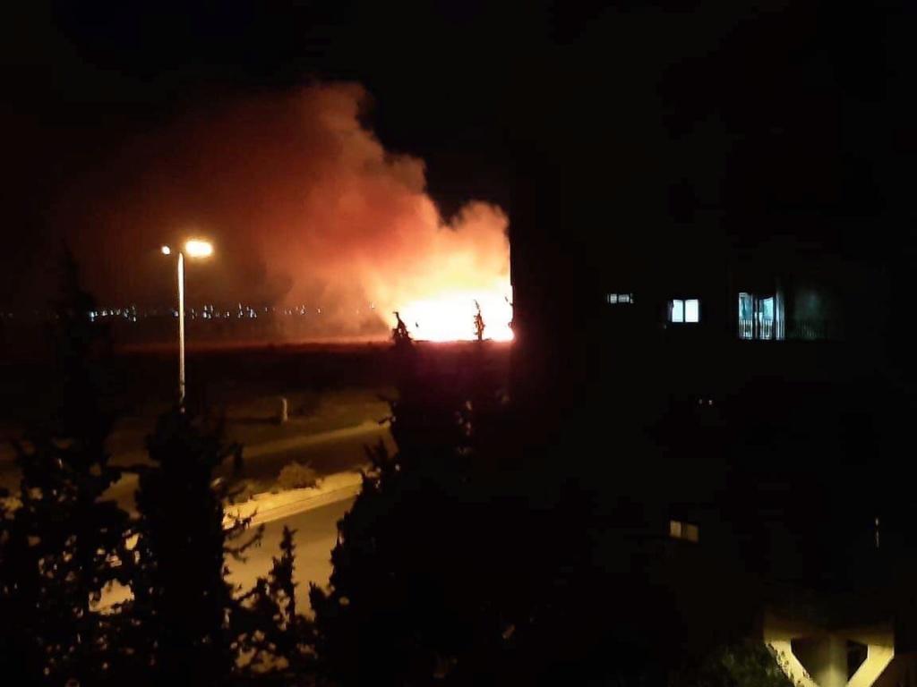 عاااجل بالصور مطار المزة يحترق 11/7/2019 F2dd3b10
