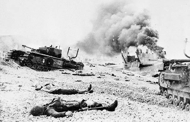 Char FT au raid de Dieppe de 1942_1/72e_ C0141611
