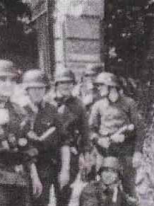 Char FT au raid de Dieppe de 1942_1/72e_ - Page 2 Rosend10