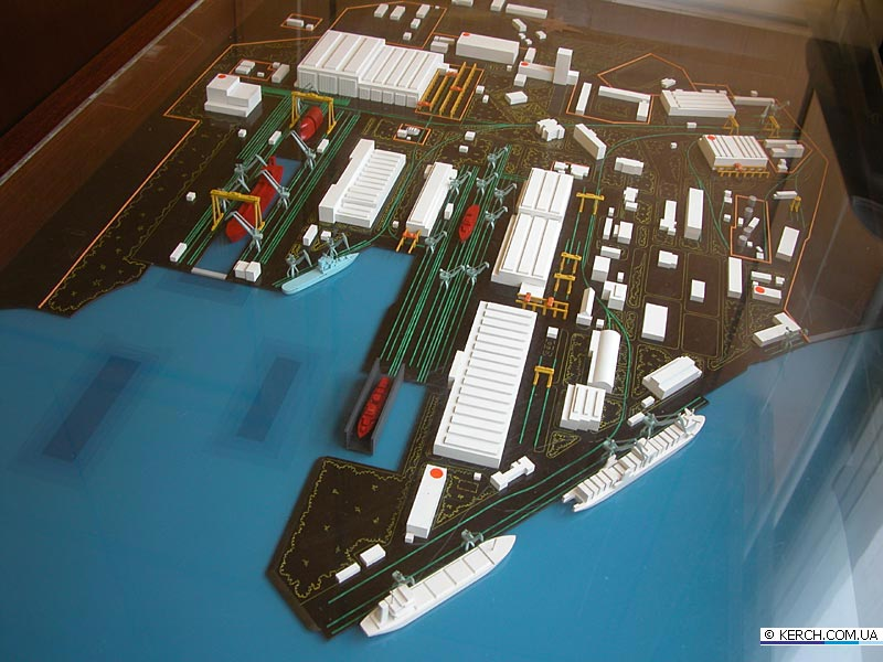 Aircraft Carrier Admiral Kuznetsov: News #2 - Page 19 810_ds10