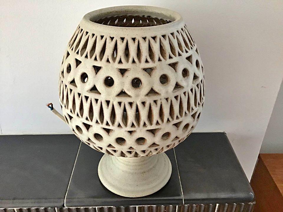 Lovely Pottery Lamp 10764210