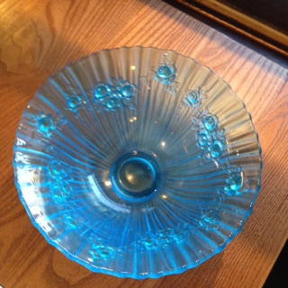 Ten inch Jobling Blue Frosted Bowl perhaps? Img_2114