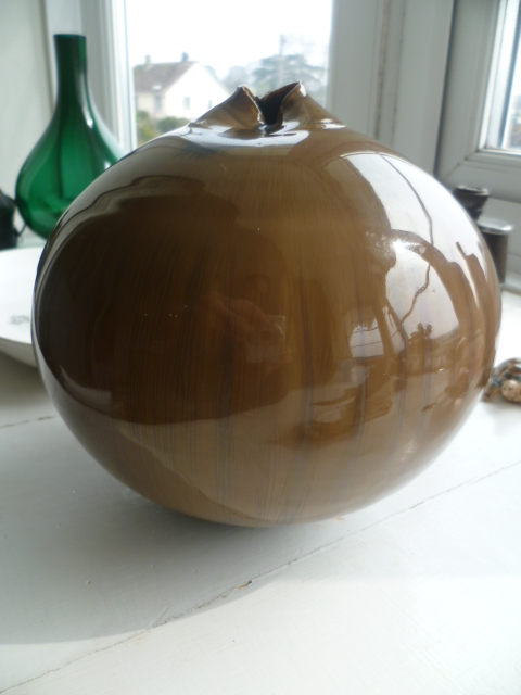 Took a while but looks to be a Josef Szirer Pot Vase P1370510