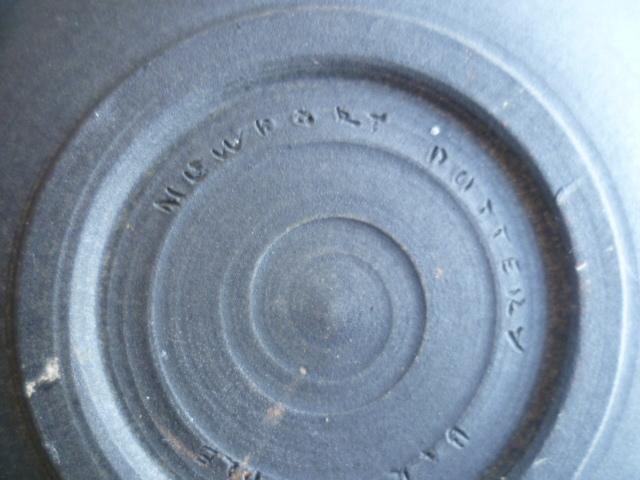 Newbury NewBary Pottery Barnstaple or Barnstable P1380215