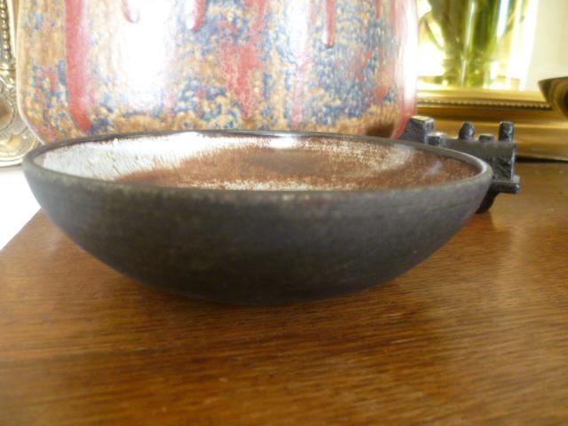 Newbury NewBary Pottery Barnstaple or Barnstable P1380217