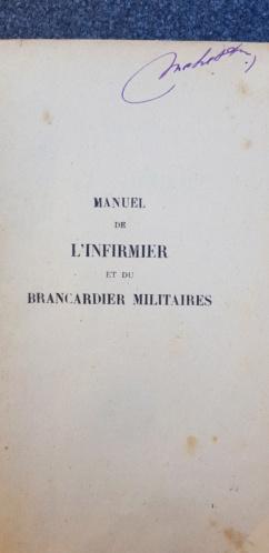 Manuel infirmier et brancardier militaire 20190533