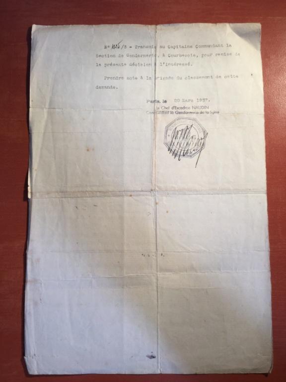 Papiers d'un gendarme A778e610