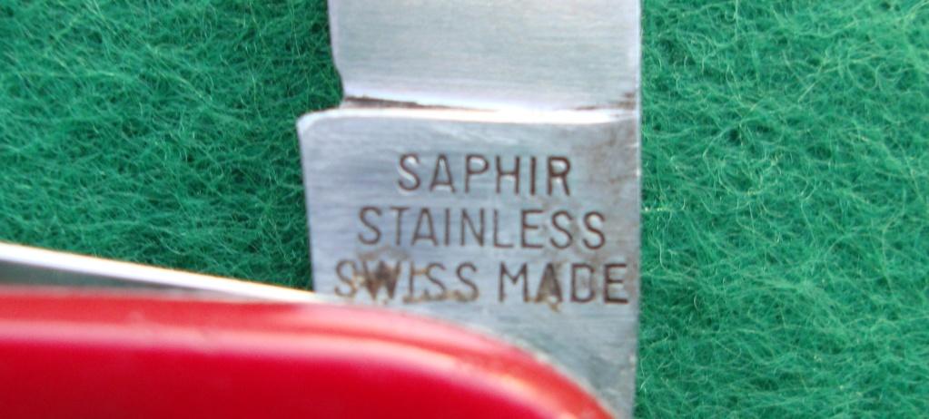 Et une autre coutellerie suisse qui a produit des Couteaux Officier Dsc09010