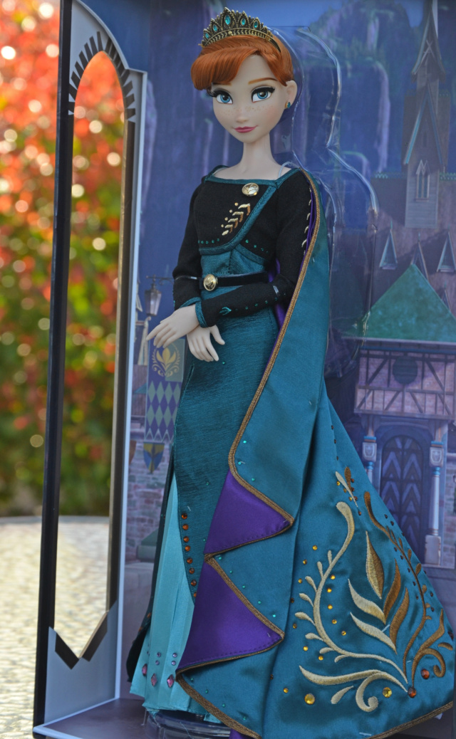 Disney Store Poupées Limited Edition 17'' (depuis 2009) - Page 6 641a4210