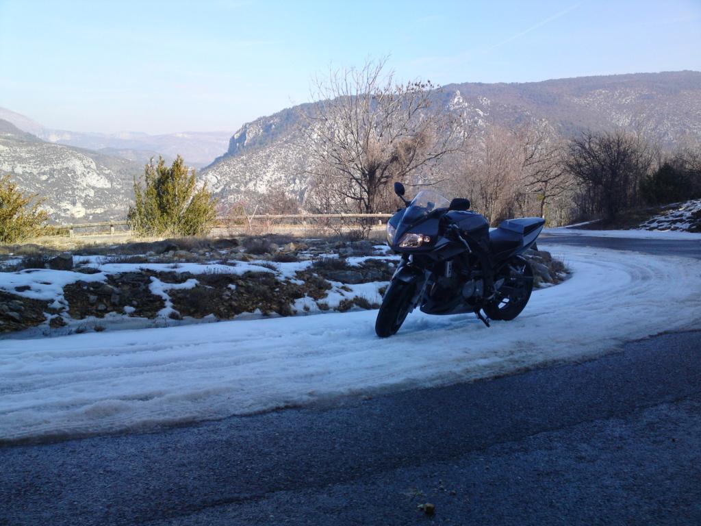 Pour ceux qui aiment la photo, motard ou pas, amateur averti ce topic est pour vous... - Page 14 12022010