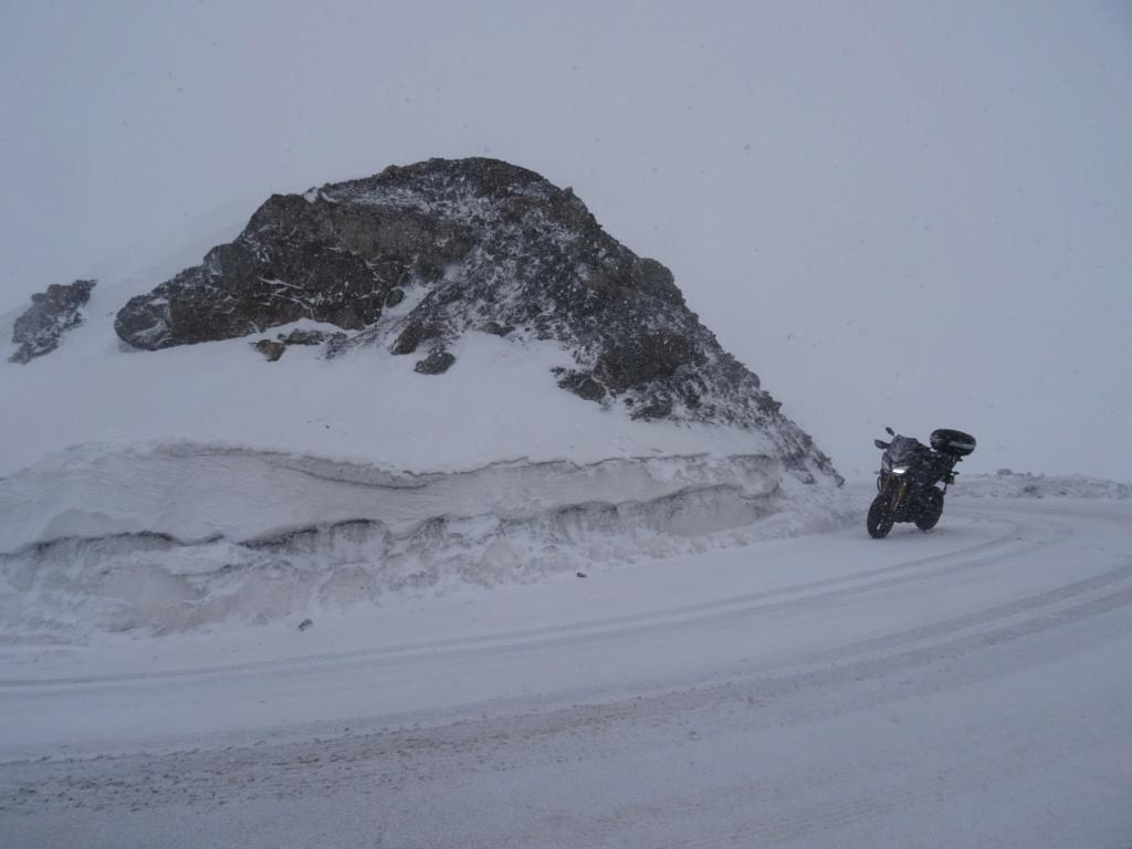 Pour ceux qui aiment la photo, motard ou pas, amateur averti ce topic est pour vous... - Page 14 Dsc09812
