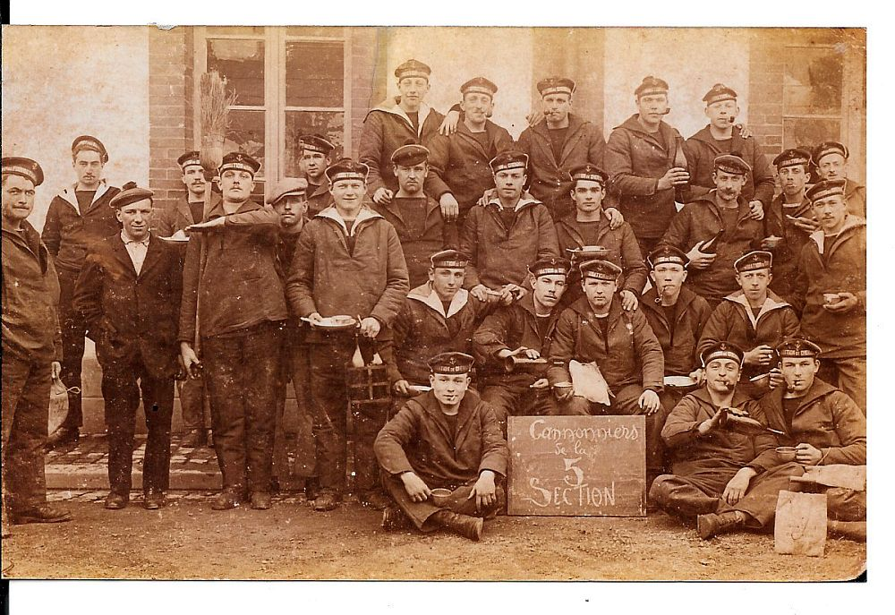 """Photo des """"cannonniers"""" de la 5 section... Canonn10"""