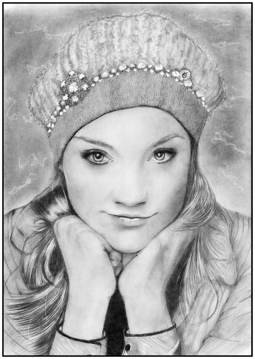 Natalie Dormer Bonnet10