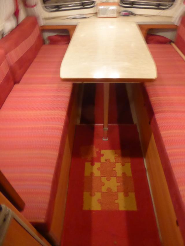 L'encombrante et lourde table de la super-puck P1150119