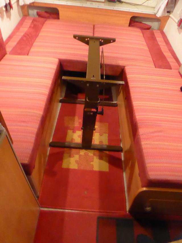 L'encombrante et lourde table de la super-puck P1150127