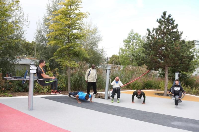 Parcours santé Parc de Billancourt 49759010
