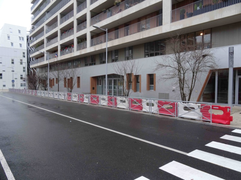 Bus 389 - Clamart - Trapèze - Hôtel de ville Boulogne-Billancourt Dsc01016