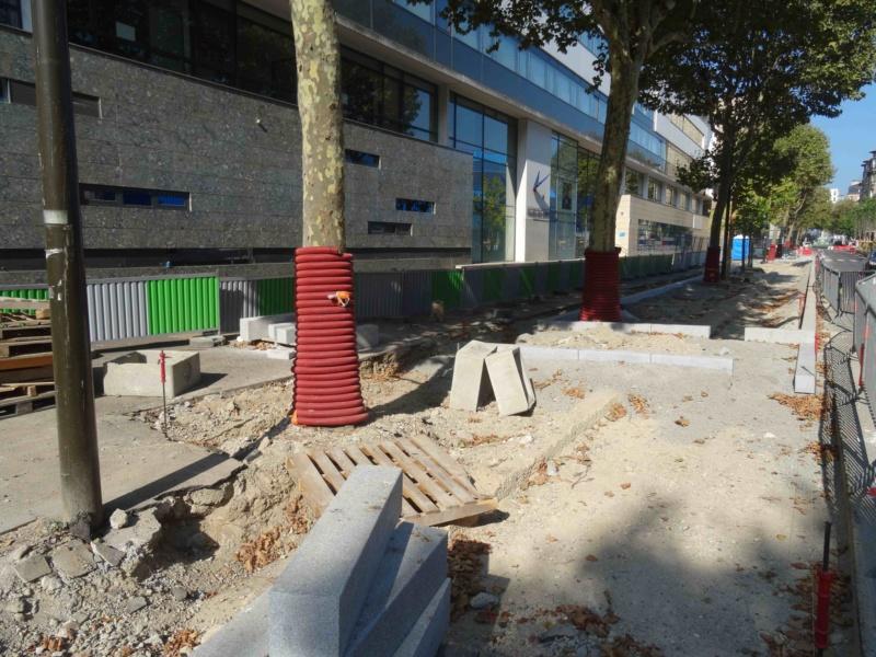 Rue Yves Kermen Dsc09135