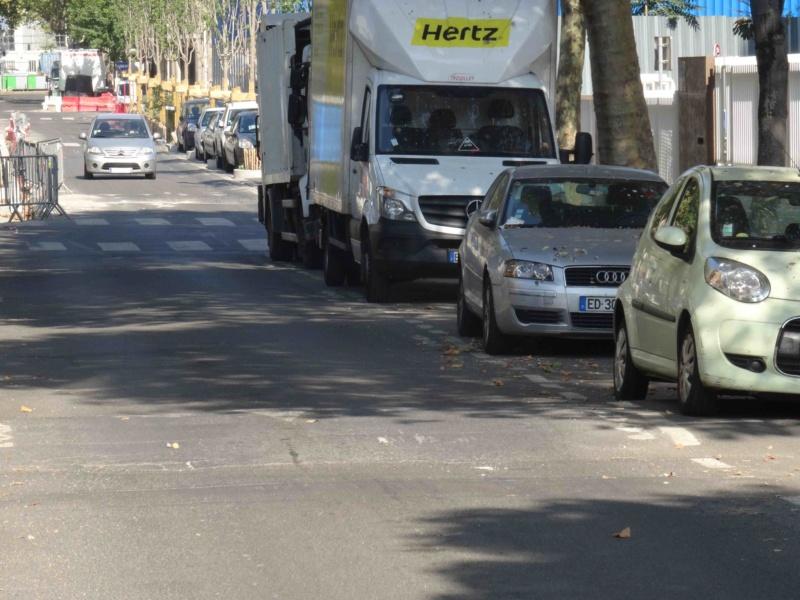 Rue Yves Kermen Dsc09145