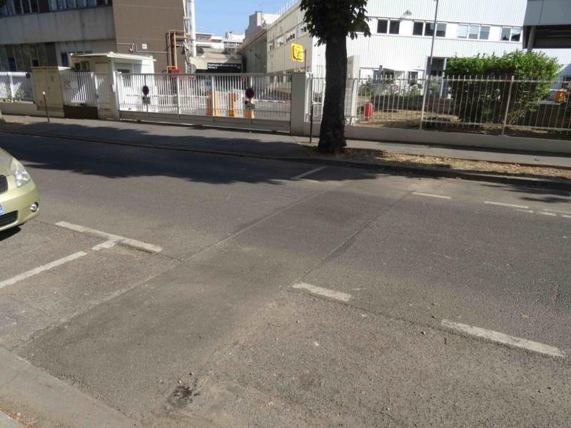 Rue Yves Kermen Dsc09147
