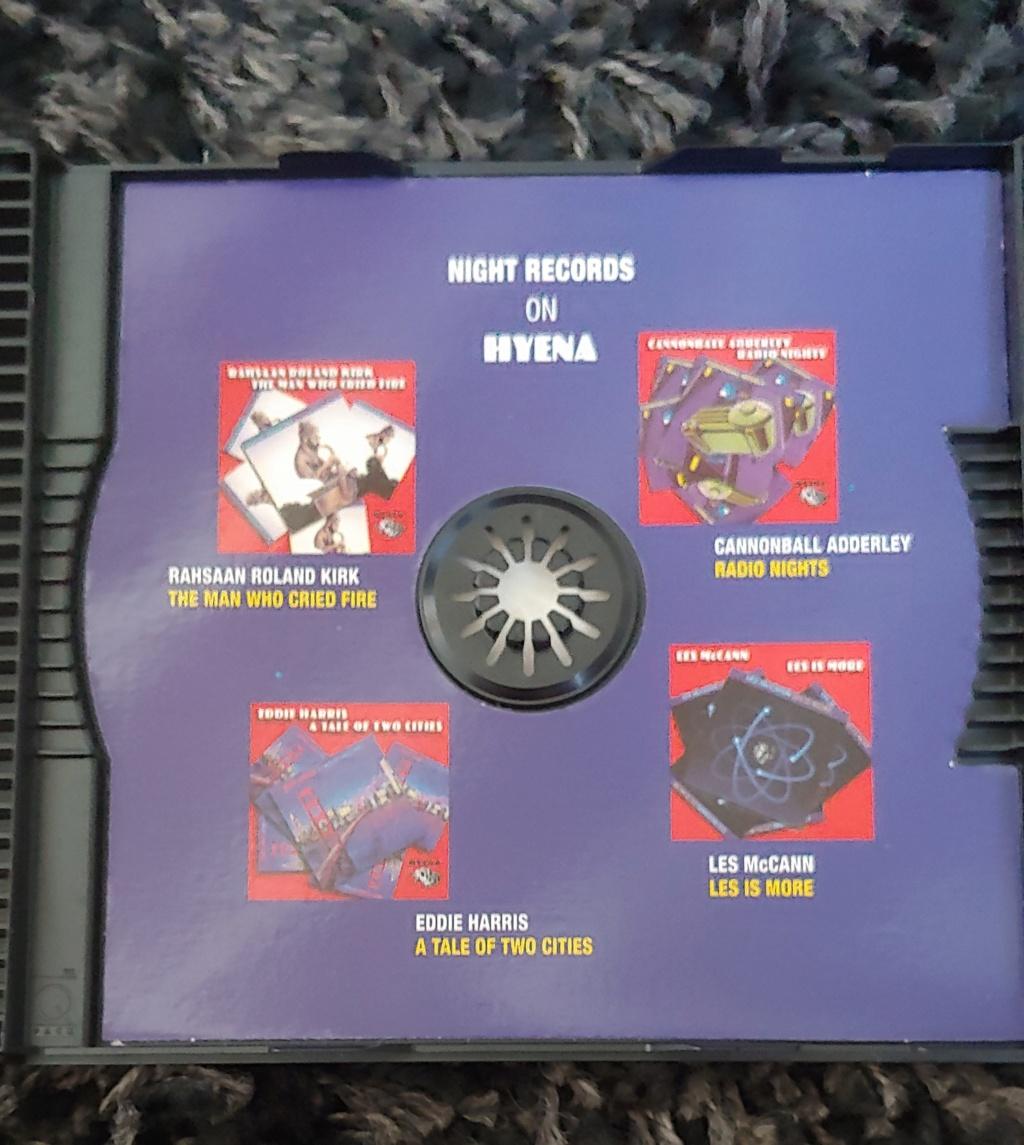 """Night Records"" de Hyena Records 20210710"
