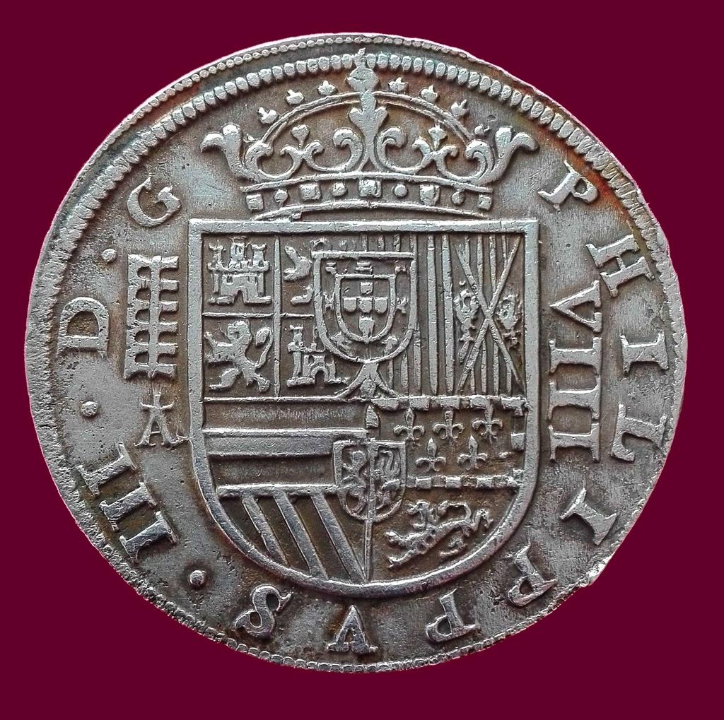 8 Reales de Felipe III de 1620 acuñados en el Real Ingenio de Segovia. Lance dedit. Anvers10