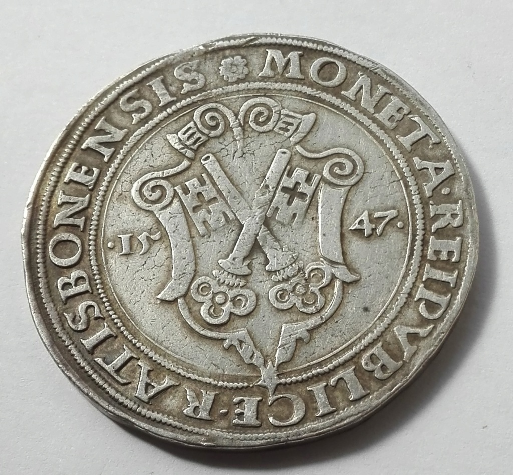 1 Táler de Carlos I de España como Carlos V, de 1547. Obispado de Ratisbona Revers11