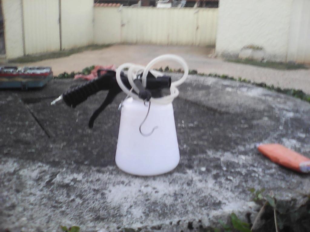 Remplacement liquide de frein Img00110