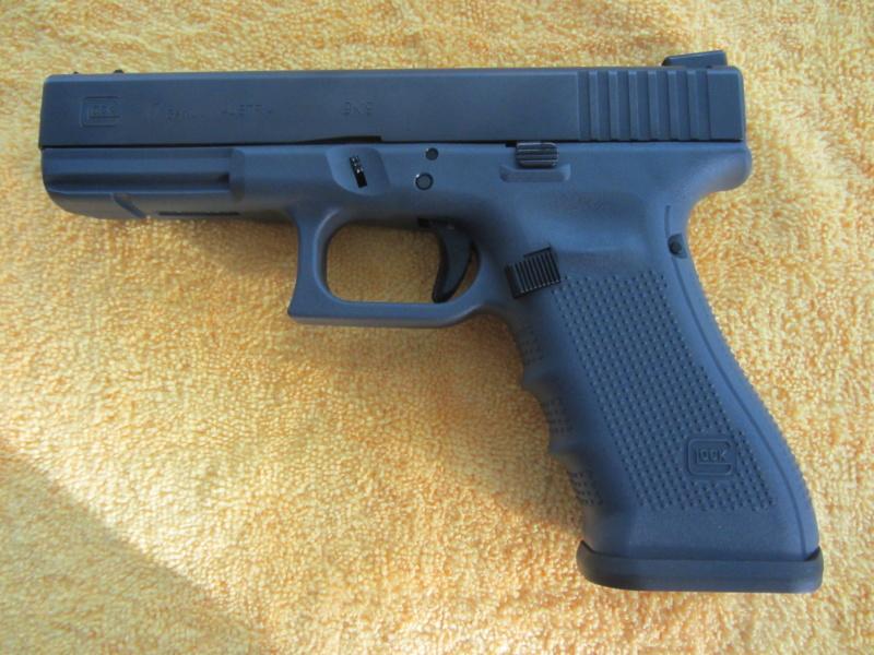 glock 17  4e generation  Glock_10