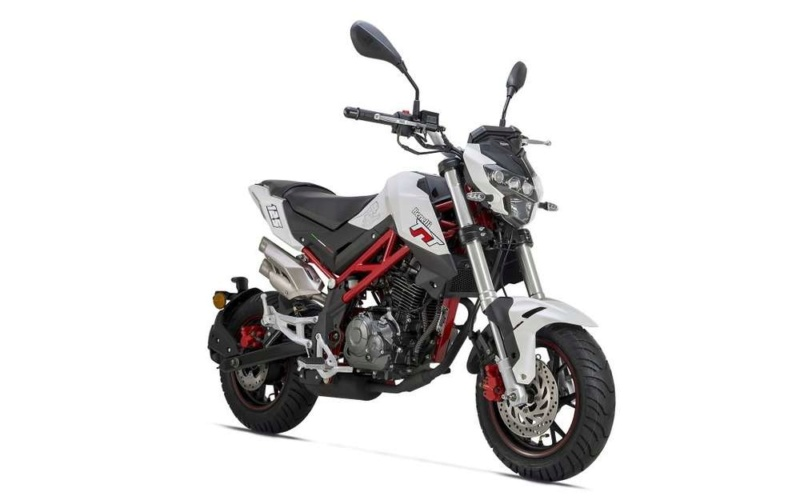 Benelli TNT 125 -Opiniões? Benell14