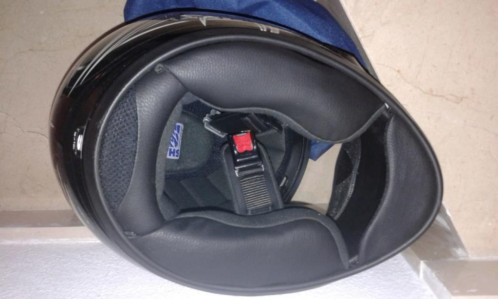 Mono dainese T-52, casco shoei T-S, espaldera Whatsa20