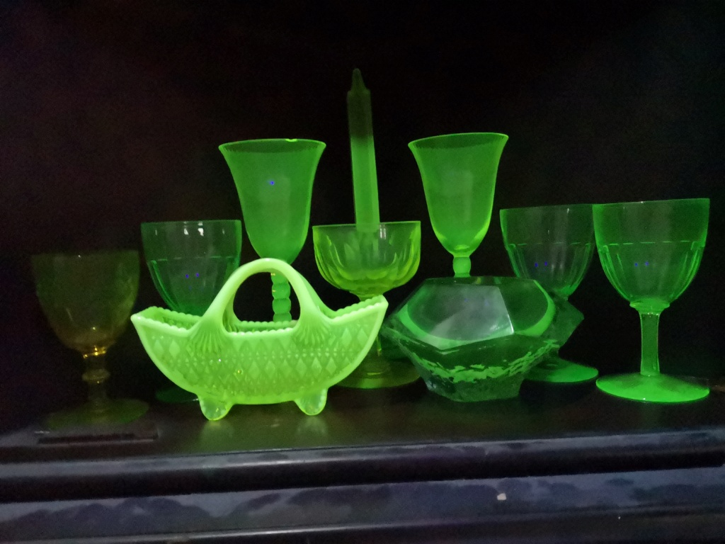 Glass that glows is anyone else a fan ? 15395715