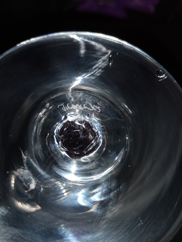 Help identify signature on unusual studio glass  15767010