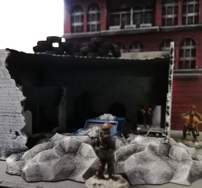 Road to collapse - Modern & post apo scenery F46d7c10