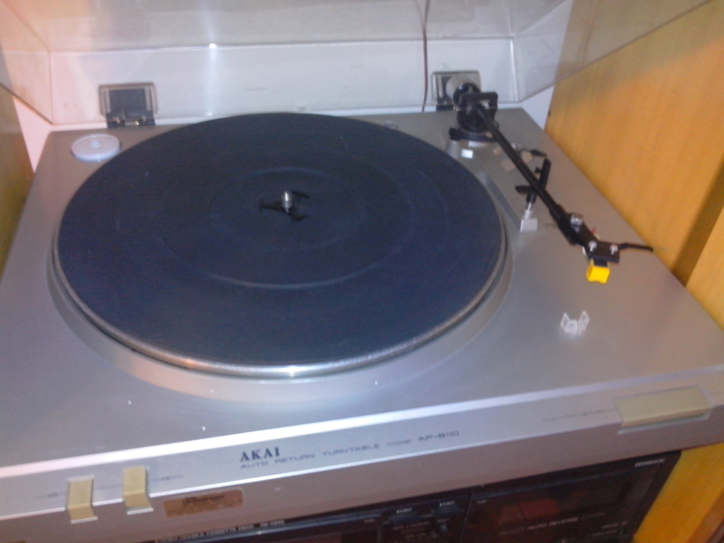 Come attaccare il piatto giradischi Pioneer PL-Z94 all'amplificatore Img_2011