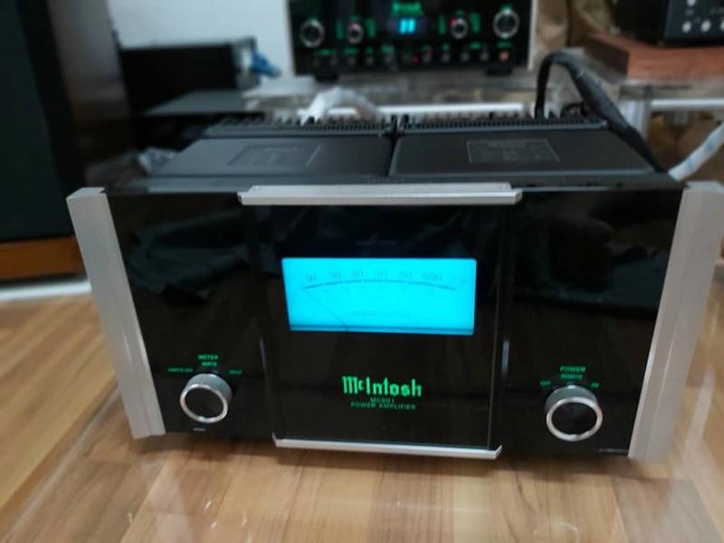 McIntosh C100 pre amp & MC 501 monoblock (used) SOLD Whats138