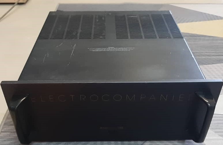 Electrocompanient power amp (used) Whats212