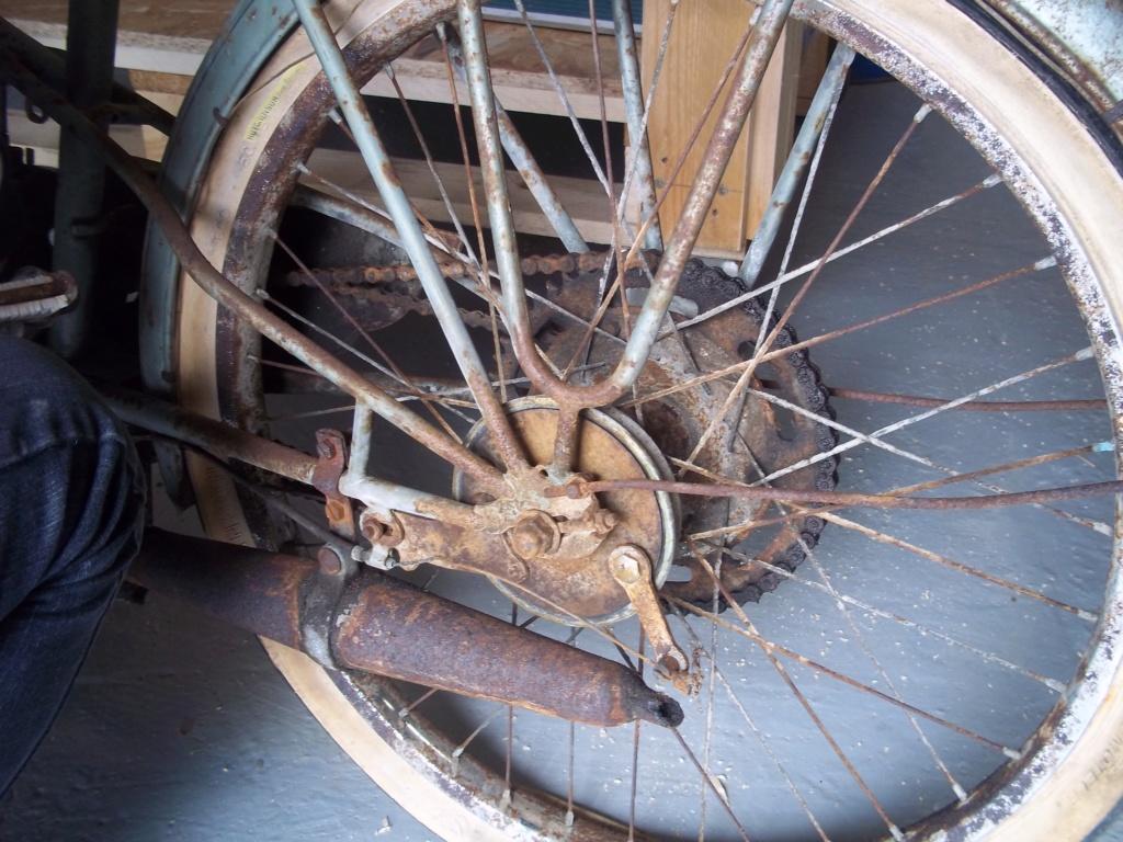 cyclo WORTHY avec moteur LE MISTRAL type 50E2 107_2515