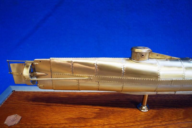 Hunley Sous-marin américain 1863 - Page 10 Dsc05113
