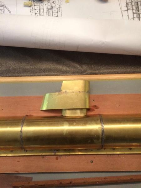 Réalisation du Blaison -ex U123 - en 1/2 coque en laiton . 1/50 ème Img_1813