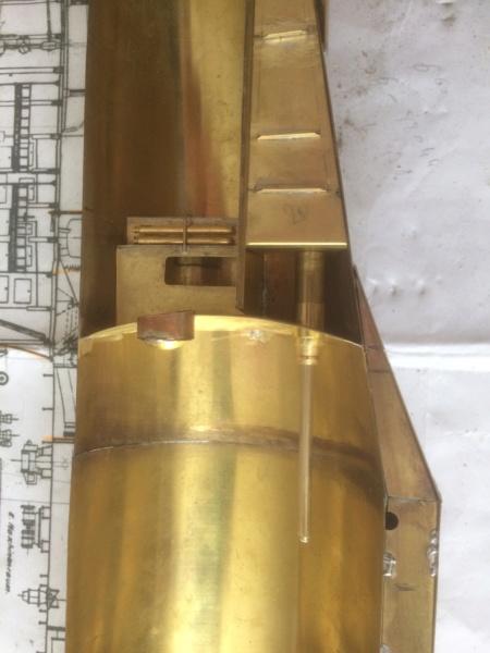 Réalisation du Blaison -ex U123 - en 1/2 coque en laiton . 1/50 ème Img_2213