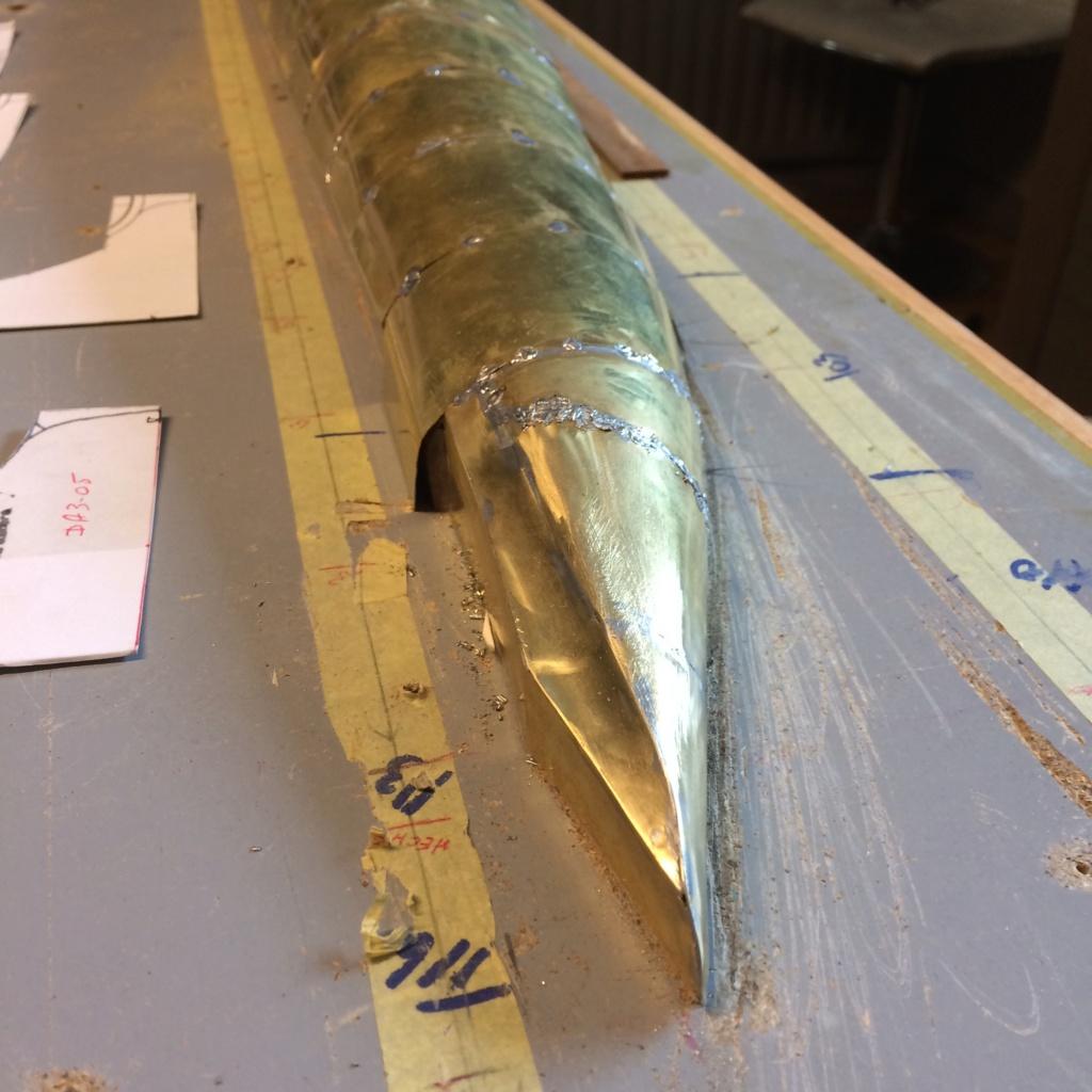 Sous-marin classe Daphné (scratch demi-coque 1/50°) par demicoque - Page 4 Img_8441