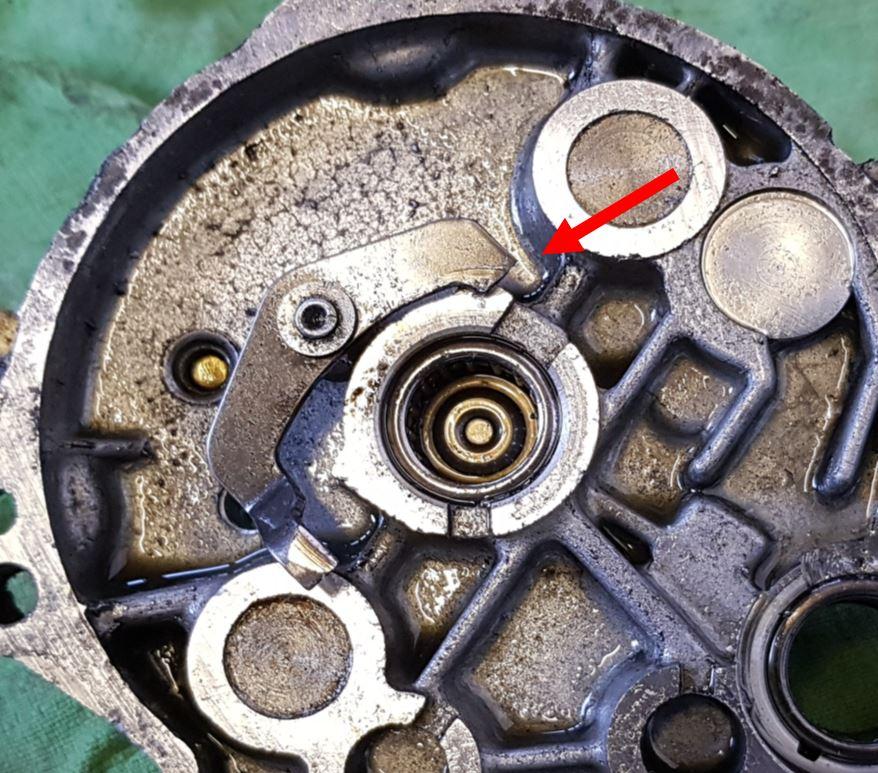 Pignon principal & piston de moyeu de roue arrère ? Captur13