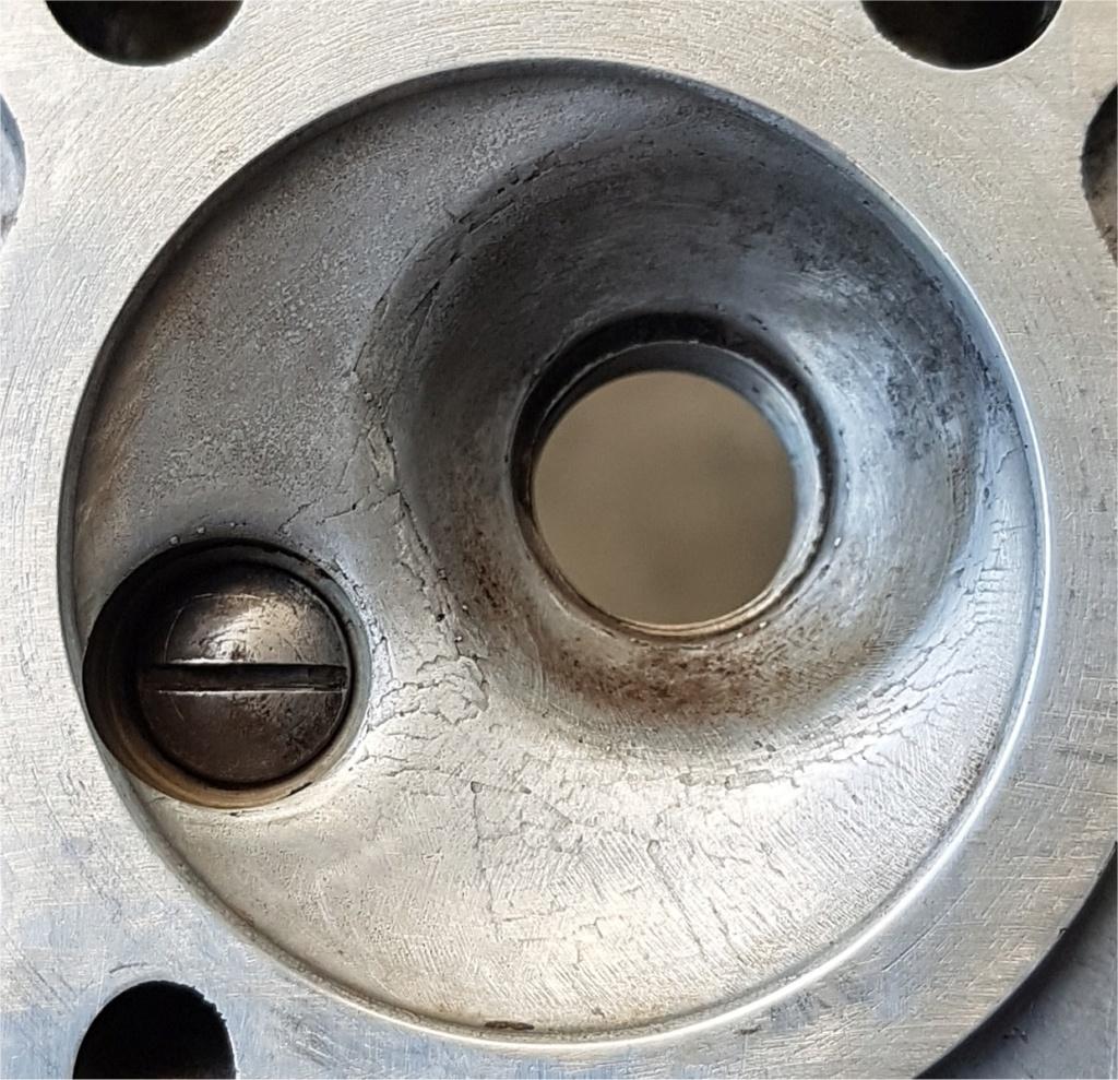 votre avis sur l'etat du haut moteur svp Image117