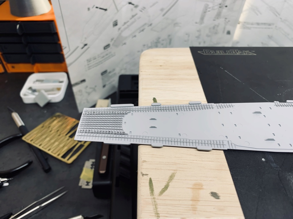 AKAGI 1/700 + kit super détaillage et pont bois Img_2118