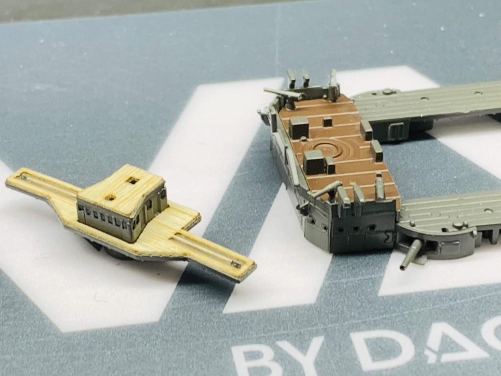 LE MIKASA 1/700 de HASEGAWA full hull + PE + wood deck Img_2522