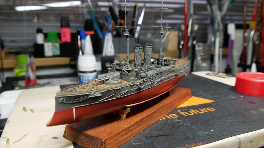 LE MIKASA 1/700 de HASEGAWA full hull + PE + wood deck - Page 2 P1000211