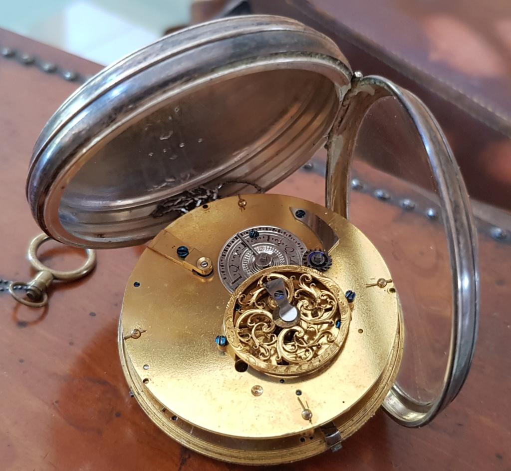 Deux montres anciennes identiques mais mécanismes différents ? 20190725